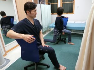 施術後には痛みを繰り返さないためのセルフケア指導も行っております。